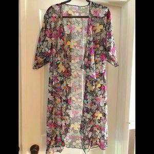 Lularoe Monroe Black flowers Boho Kimono Duster S